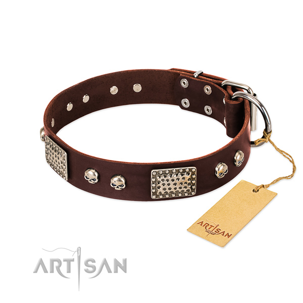Easy adjustable full grain genuine leather dog collar for everyday walking your pet