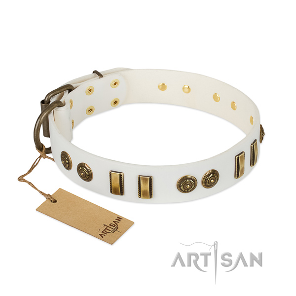 Inimitable natural leather collar for your canine