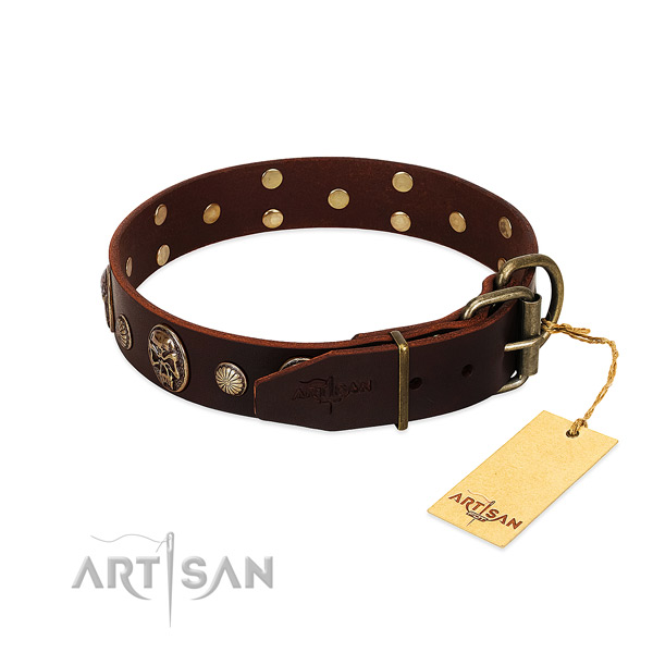 Strong adornments on handy use dog collar